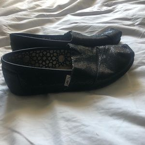 Toms Shoes - Black Glitter Toms